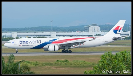 20200128 164146 6109764 MalaysiaAirlines A330-300 9M-MTE OneWorld-colours KUL Q2
