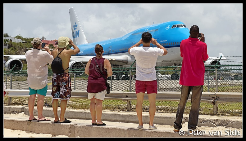 6101064____overview-KLM-B747-lining-up_SXM_29042016.jpg