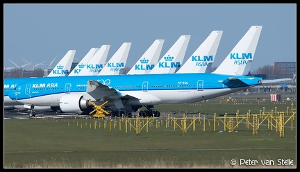 20200404 162139 8087522    overview-stored-KLM-aircraft-36R AMS Q2