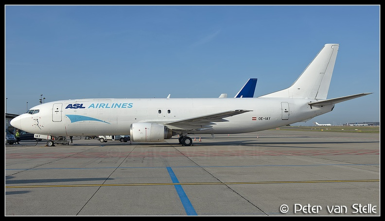 20200913_091937_8087703_ASLAirlines_B737-400F_OE-IAY_white-tail_LGG_Q1.jpg