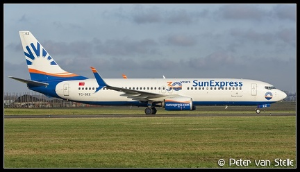 20201216 144739 6112470 SunExpress B737-800SSW TC-SEZ 30-years-stickers AMS Q1