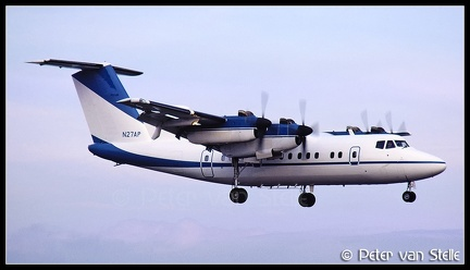 19820134 AirPacific DHC7 N27AP  MST 19031982